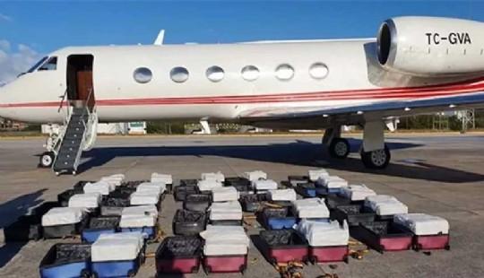 Brezilya polisi Turk ucaginda 1304 kilo kokain buldu 253661k1